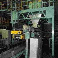 ニューロング工業製重袋梱装機 (1)