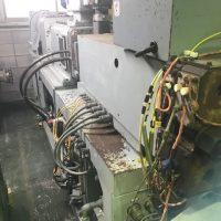 池貝製異方向二軸押出機GTR-65 (3)