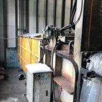 クロダ製圧縮梱包及び自動フィルム梱包機 (2)