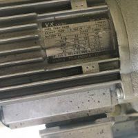 マイクロ波連続乾燥装置 (4)