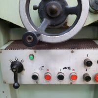 ⑦O-82平面研削盤
